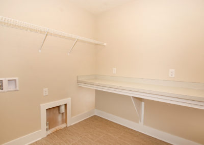 Custom Floor Plans - The Newport - 2478-Newport-Base-SYCW00029-3490-Jules-Lillian-Drive-34