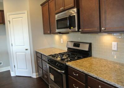 Custom Floor Plans - The Abbeville in Auburn, AL - ABBEVILLE-1913d-PRS04-185-2004-Mohican-Dr-78