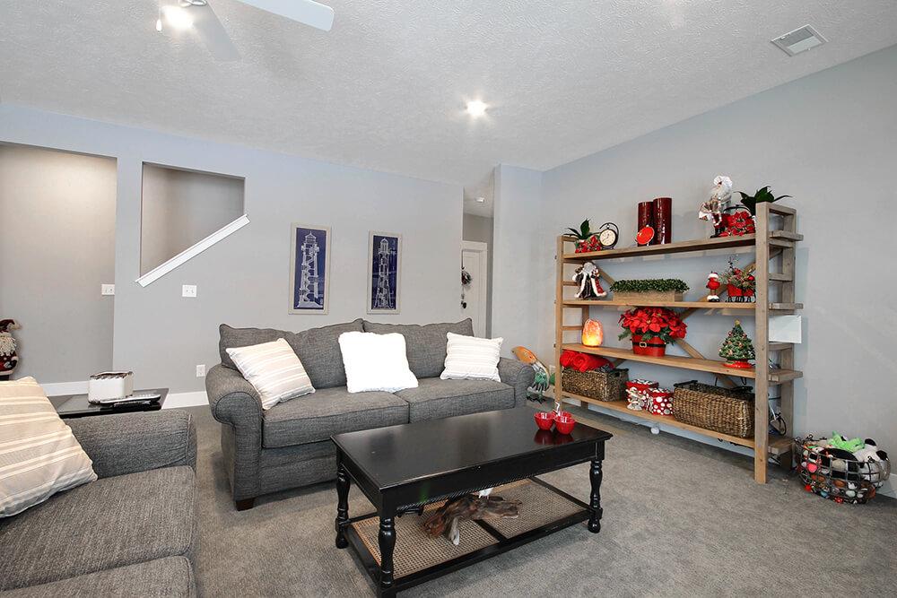 ChristmasWillow 1528c PLWC09017 20 - Custom Homes in Michigan
