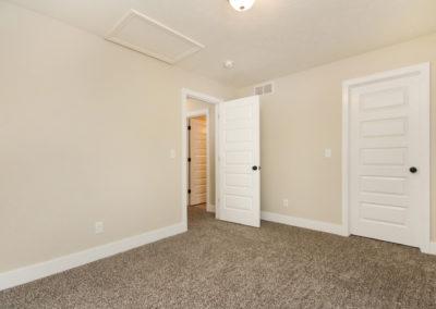 Custom Floor Plans - The Mayfair - LWNG222-1857-Mayfair-Base-2989-Brixton-Dr-20