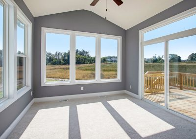 Custom Floor Plans - The Preston - LWNG272-Preston-Deerhaven-19