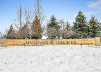 MacatawaLegendsEntrance (3)