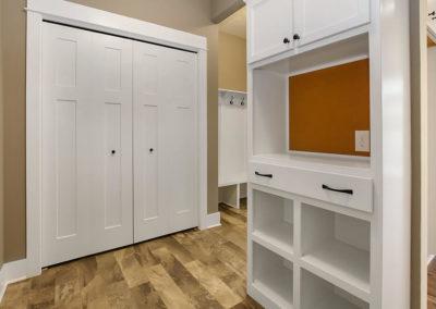 Custom Floor Plans - The Newport - NEWPORT-2478e-LINP19-27