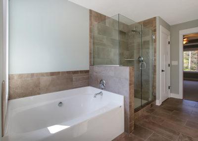 Custom Floor Plans - The Newport - NEWPORT-2478e-LINP19-44