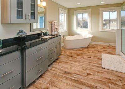 Custom Floor Plans - The Newport - NEWPORT-2478g-SDLR83-66