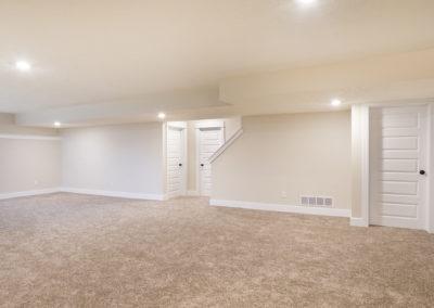 Custom Floor Plans - The Newport - Newport-2478a-SDWG85-8318-Yellowstone-Lane-Grand-Ledge-23-2