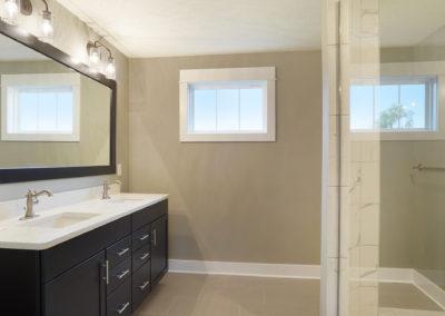 Custom Floor Plans - The Newport - Newport-2478a-SDWG85-8318-Yellowstone-Lane-Grand-Ledge-27-2