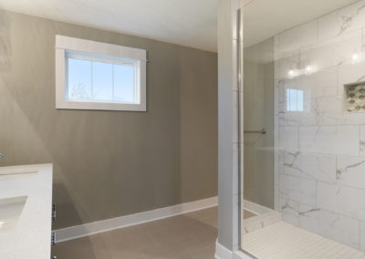 Custom Floor Plans - The Newport - Newport-2478a-SDWG85-8318-Yellowstone-Lane-Grand-Ledge-28-2