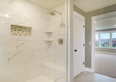 Custom Floor Plans - The Newport - Newport-2478a-SDWG85-8318-Yellowstone-Lane-Grand-Ledge-29-1