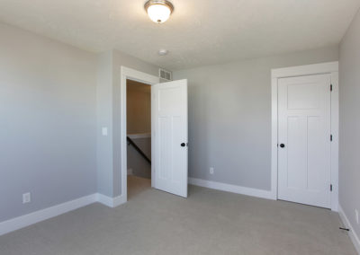 Custom Floor Plans - The Newport - Newport-2478g-SDLR223-ModernTwoStoryFloorPlanSingleFamilyHomeRockfordMichigan-4