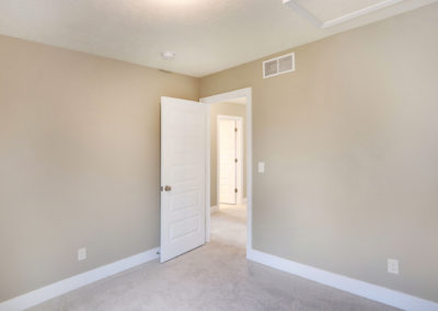 Custom Floor Plans - The Hearthside - SYCW00037-2244-Hearthside-Base-3399-Jules-Lillian-Drive-GRAND-RAPIDS-34