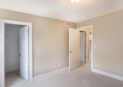 Custom Floor Plans - The Hearthside - SYCW00037-2244-Hearthside-Base-3399-Jules-Lillian-Drive-GRAND-RAPIDS-36