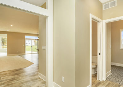 Custom Floor Plans - The Willow II Americana - Willow-II-Americana-1552c-SDWG22-1570-Yosemite-Drive-Grand-Ledge-MI-5